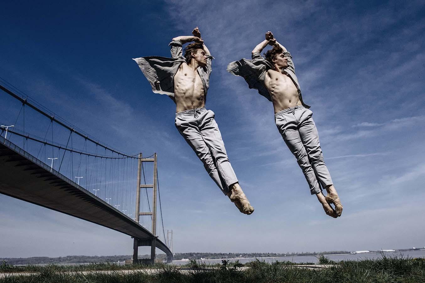 http://andyweekes.net/files/gimgs/1_balletdancershullaxw002insta.jpg